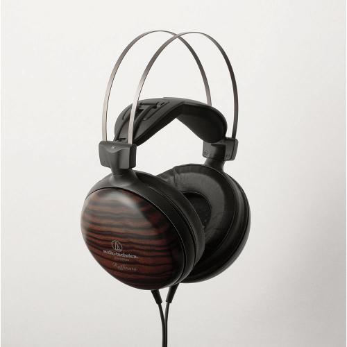 ATH-W5000 裝戴安定的3D方式翼狀頭墊